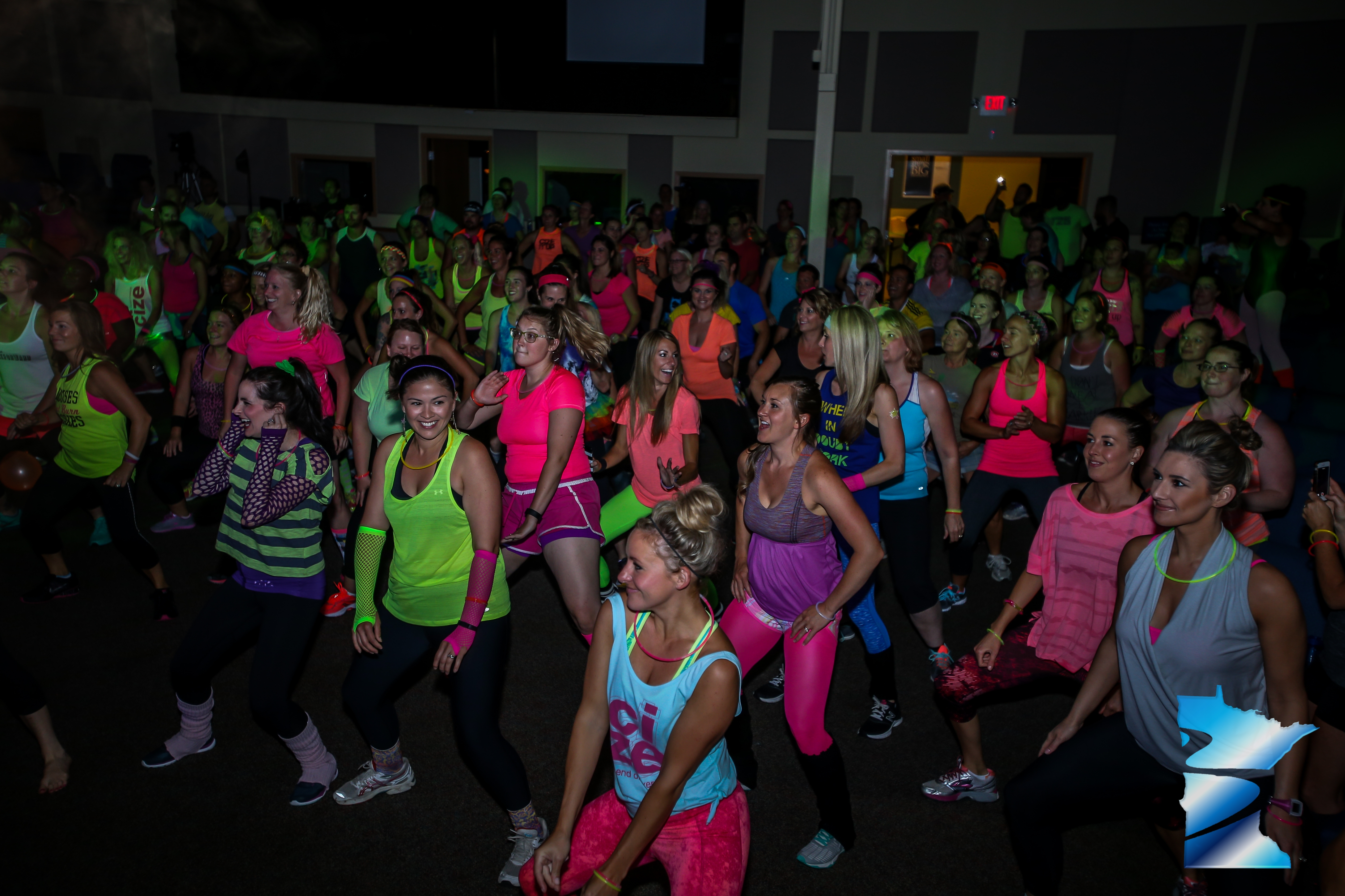 Neon CIZE Workout Super Friday